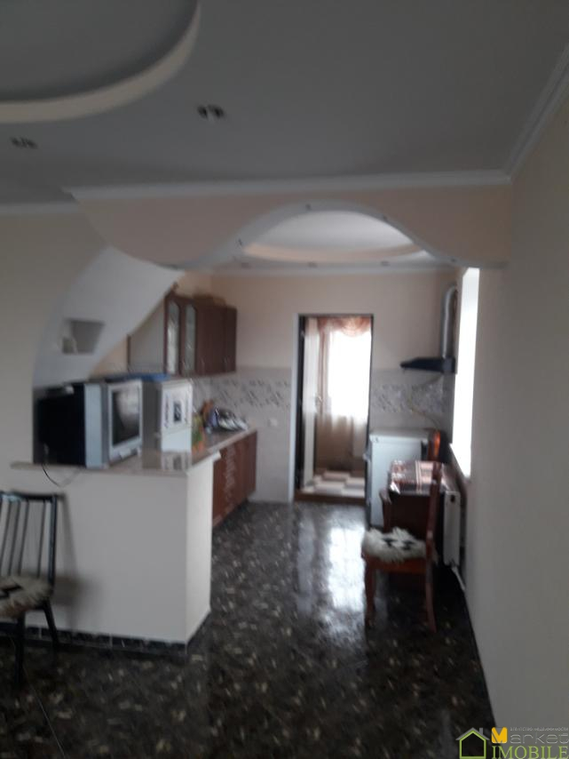 Casa (duplex) buna de locuit in Togatin