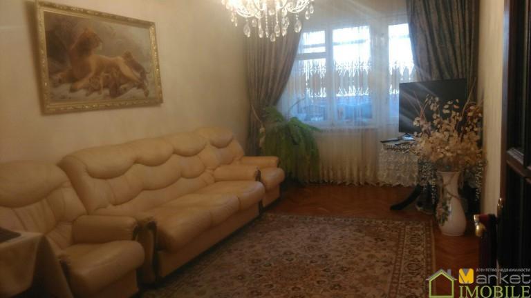 Apartament cu 3 odai,Botanica, bd.Traian,92m2