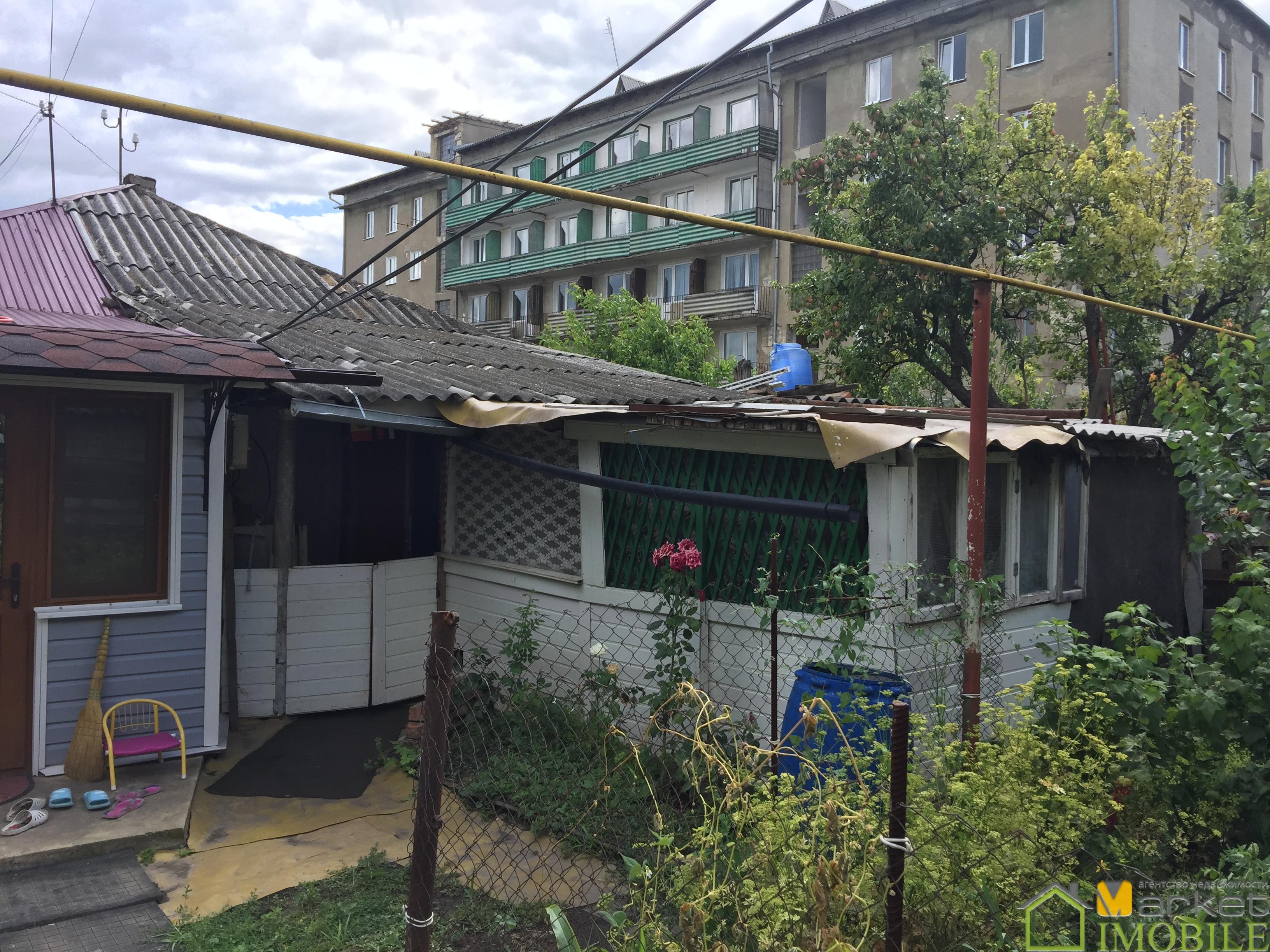 1/2 casa, 70m2 pe 2ari, or.Balti , centru